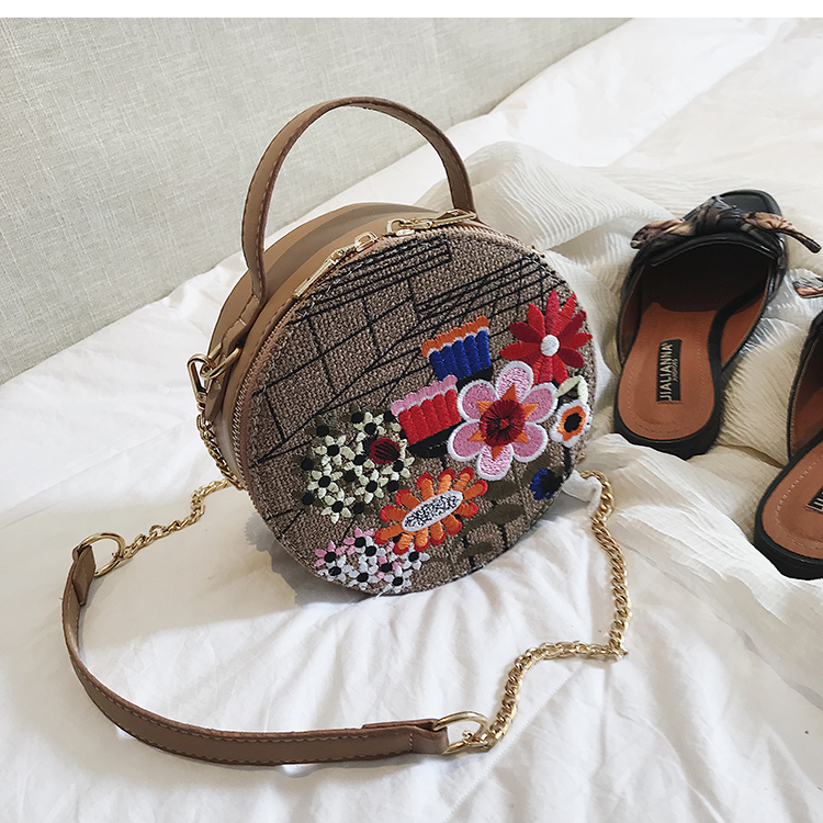 Bolsa Redonda com Bordado Flor,Bolsa Feminina Bordada