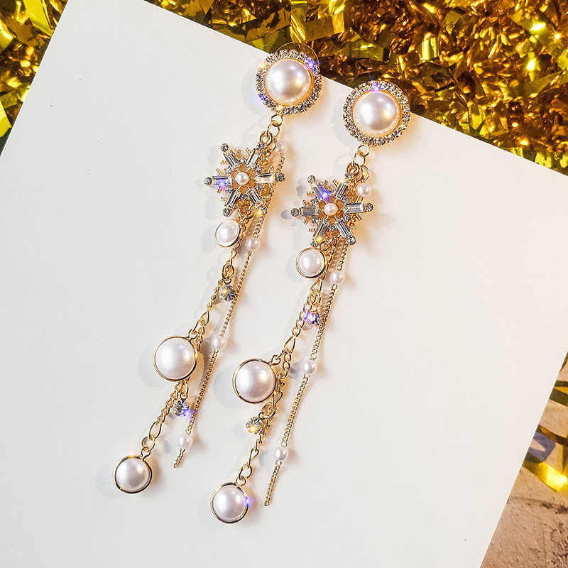 2019 New Arrival Metal Trendy Geometric Women Dangle Earrings Pearl Snowflake Eardrop Long Tassele Earrings Feminine  Korean