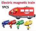 Nueva magnética tren motor del tanque de alta potencia niños de madera juego de rieles de tren accesorios juguetes 1 unids