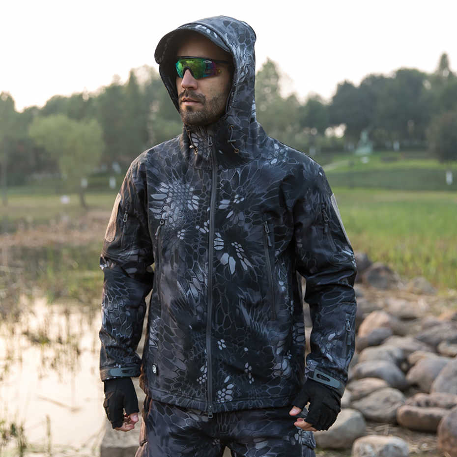 Camouflage Windbreaker Winter Waterproof Fleece Soft shell Men's Set Warm Hoodies Military Jacket Army Tactical Pants Clothes