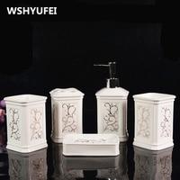 Ceramic Bathroom 5pcs Sets Of European Style Rinse Cup Wedding Set Creative Bathroom Toiletries Soap Dish