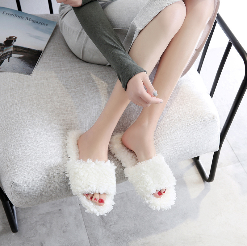 8027OP slippers Prevent slippery wear-resisting slippers can be worn outside the household8027OP slippers Prevent slippery wear-resisting slippers can be worn outside the household