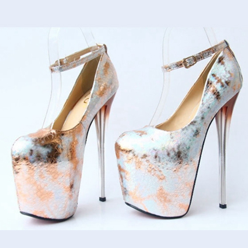 Zapatos De Tacon Altos Dorados