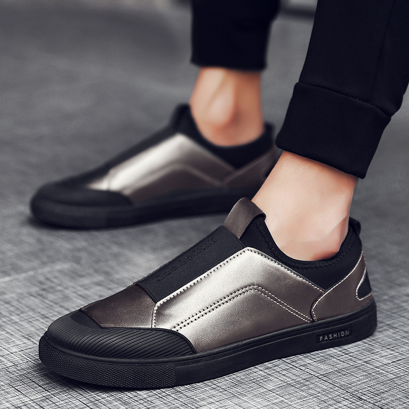New Slip on Casual Shoes Men Vulcanized Shoes Designer Soft Flat Shoes Male  Sneakers Zapatillas