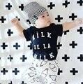 2017 moda cool boy girl roupa do bebê conjunto de manga curta preta Panda roupas de bebê conjunto roupa de recém-nascidos do bebê romper bebe
