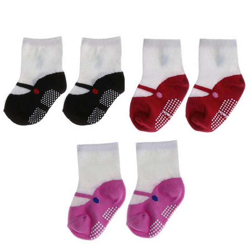 Nieuwe Zachte Baby Meisjes Sokken Pasgeboren Peuter Baby Katoenen Schoenen Floor Sokken Ballet Laarzen Sokken Anti-slip Winter/ herfst Warm