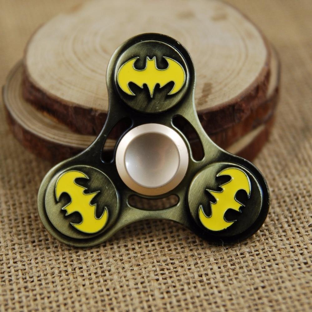 2017 Новый Непоседа Игрушки Бэтмен Капитан Америка Щит Железный Человек Паук Рук Счетчик Палец Стресс Tri Spinner Spinner
