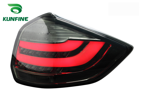 Pair Of Car Tail Light Assembly For SUZUKI R3/ERTIGA 2012-UP LED Brake Light With Turning Signal Light