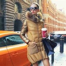 Женский зимний роскошный пуховик средней длины с золотым воротником из меха енота, приталенное Женское пальто-парка