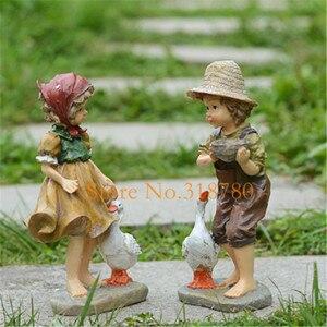 Image 3 - 22 cm/24 cm alta decoração do jardim ao ar livre arte resina americana menina e menino jardim estatuetas casa jardim quintal decoração
