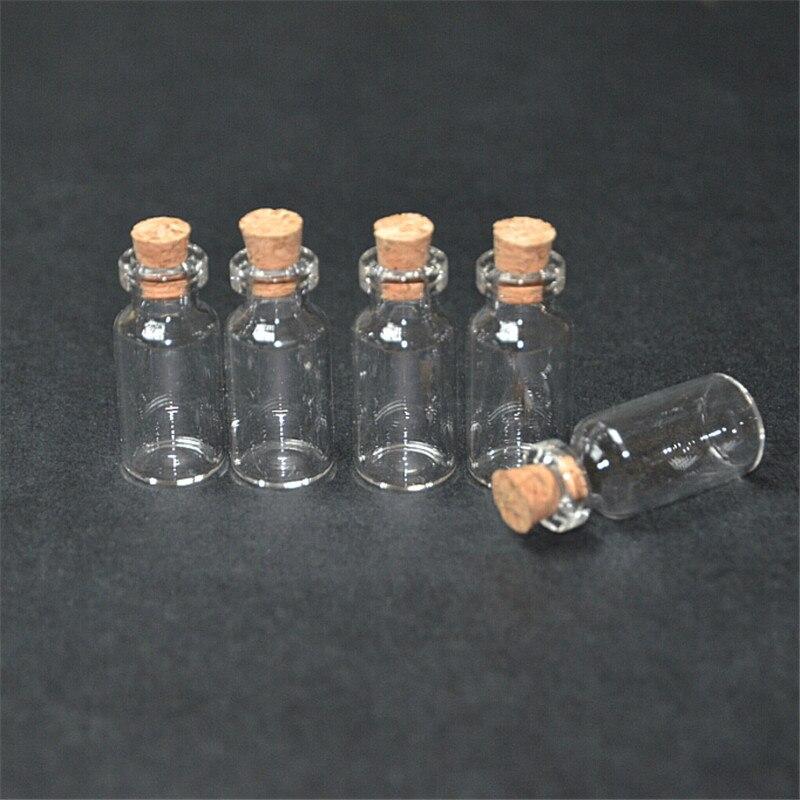 Garrafas, frascos e caixas