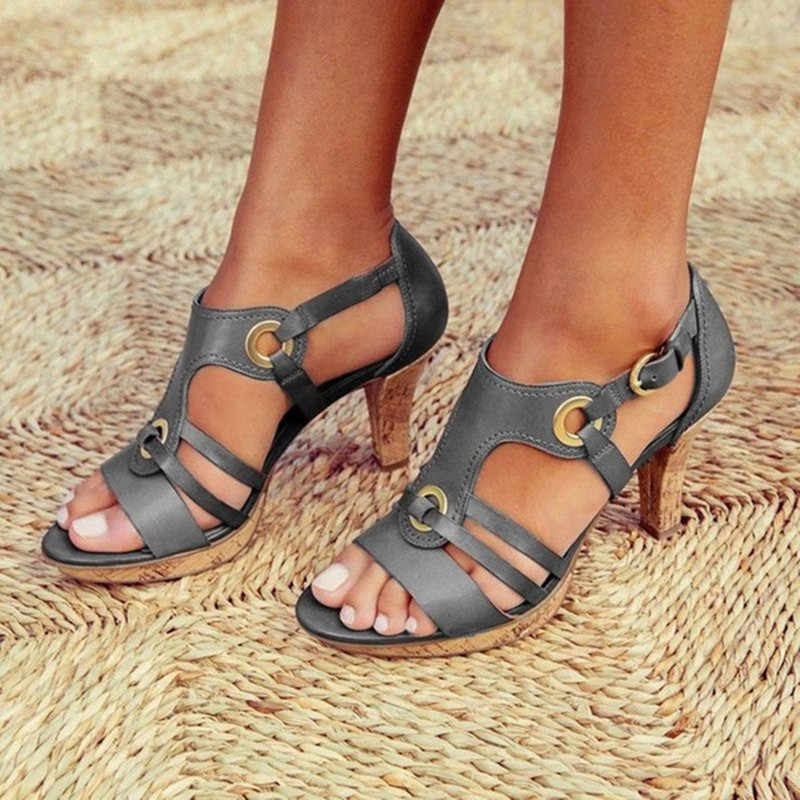 גבירותיי גלדיאטור סנדלי אישה שקופיות פיפ בוהן מוצק ליידי צלב קשור סנדלי נעלי אופנה קיץ נשים טריזי סנדלי