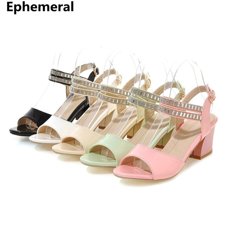 Zapatos de tacón alto para damas con correa de hebilla, diamantes de imitación, tacones medianos, sandalia feminina, zapatos de mujer en blanco y negro, tamaño 43