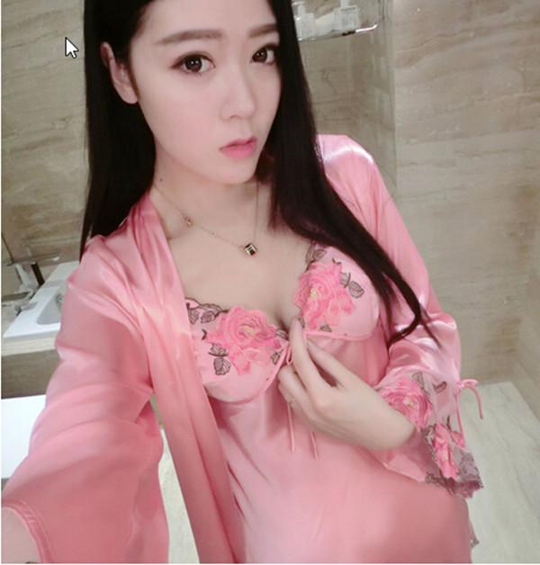 2017 Primavera otoño bata de seda pijamas de las mujeres atractivas con cuello en v albornoz albornoz de manga larga para mujer ropa de dormir set de 2 unidades
