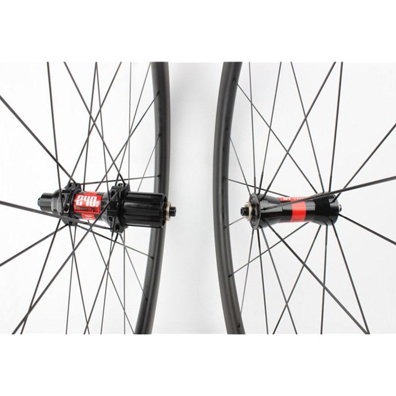 carbon clincher wheel set