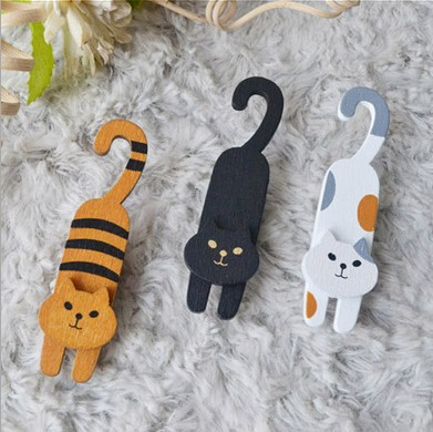3pcs/lot Korean Style Cute Lovely Naughty Little Cat Design  Wooden Clip For Paper Room Decoration Kids Gift School Supplies