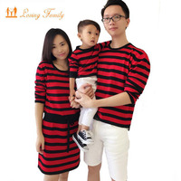 2016 Family Matching Outfits Autumn Spring Family Look Matching Clothes Mother Daughter Dresses Father Son T