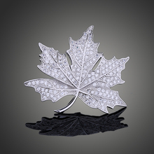 цены на Queen Jewelry CZ Maple Leaf Brooches and Pins Silver Tone Micro Pave Victorian Style Vintage Maple Broach for Women X00177  в интернет-магазинах