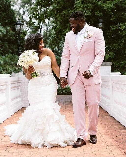 Robe de mariage femme africaine for Plus la taille des robes de mariage formel