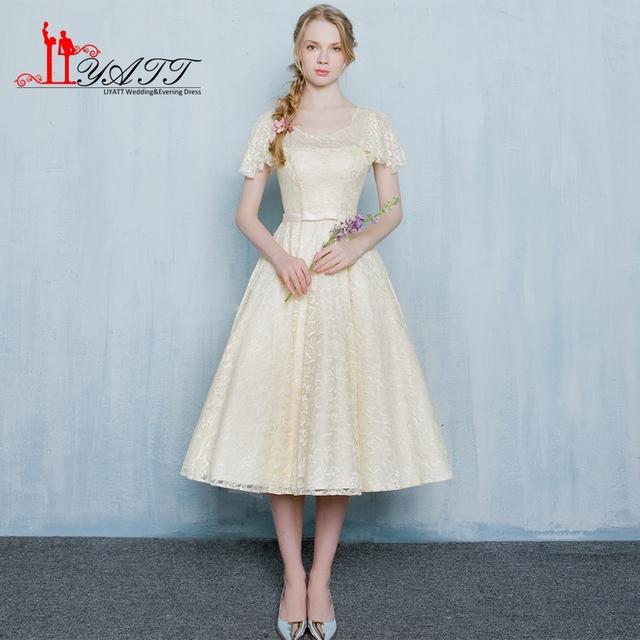 Em Estoque Colher A Linha de Vestidos de Dama de honra Com Rendas Zíper de Volta Festa de casamento Vestido de 2017 Partido Curto Vestidos Plus Size Barato ZY075
