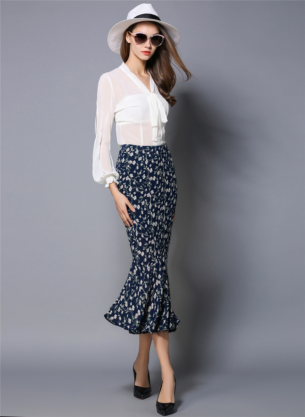 738c7f12af Colourstone Style Floral Chiffon Tulle Skirt Navy Blue High Waist Women  Skirt Sexy Slim Long fishtail Pencil Designer Skirt-in Skirts from Women's  Clothing ...