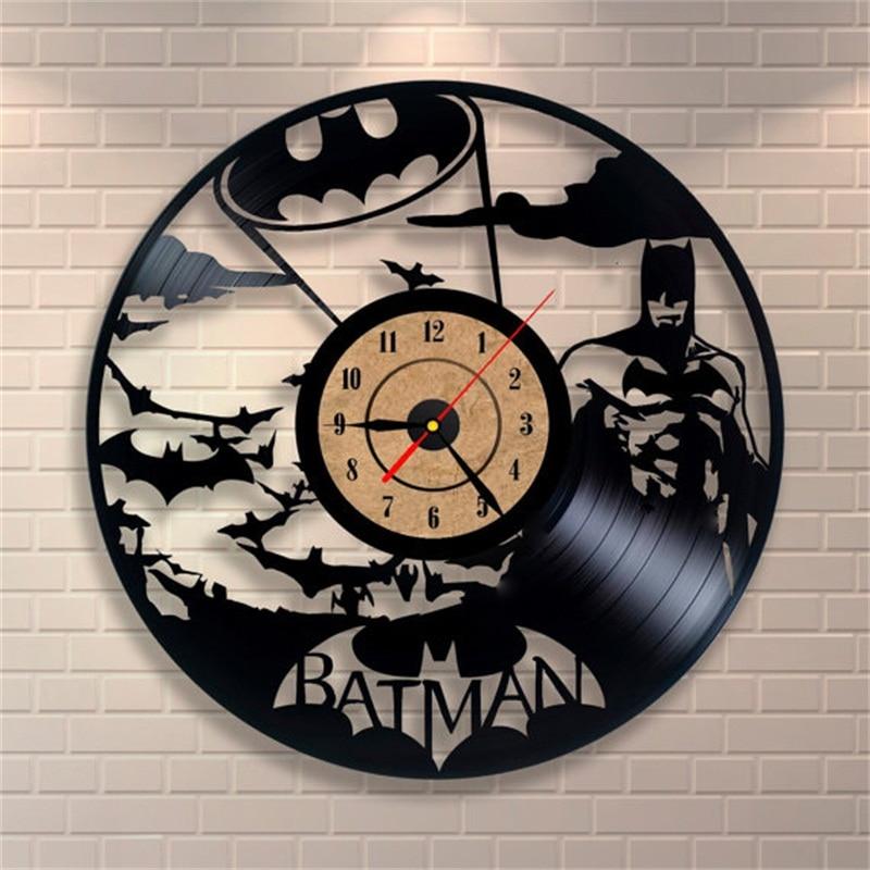 Compra batman reloj de pared online al por mayor de china for Things to make with old records