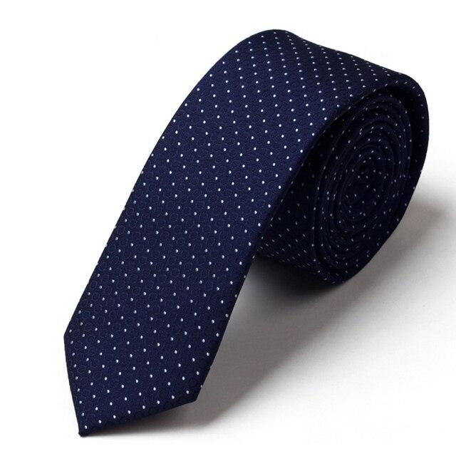 Alta Calidad 2017 Nueva Moda Lazos para Los Hombres Azul Marino 5 CM Delgada Polka Dot Gravata Corbatas Lazo para Trajes de Boda de Los Hombres con el Regalo caja