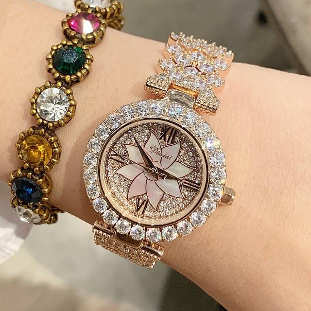 2019 New Fashion Silver Women Watches Top Luxury Ladies Watch Women Rhinestone Crystal Quartz Watches Dress Wristwatches Clock