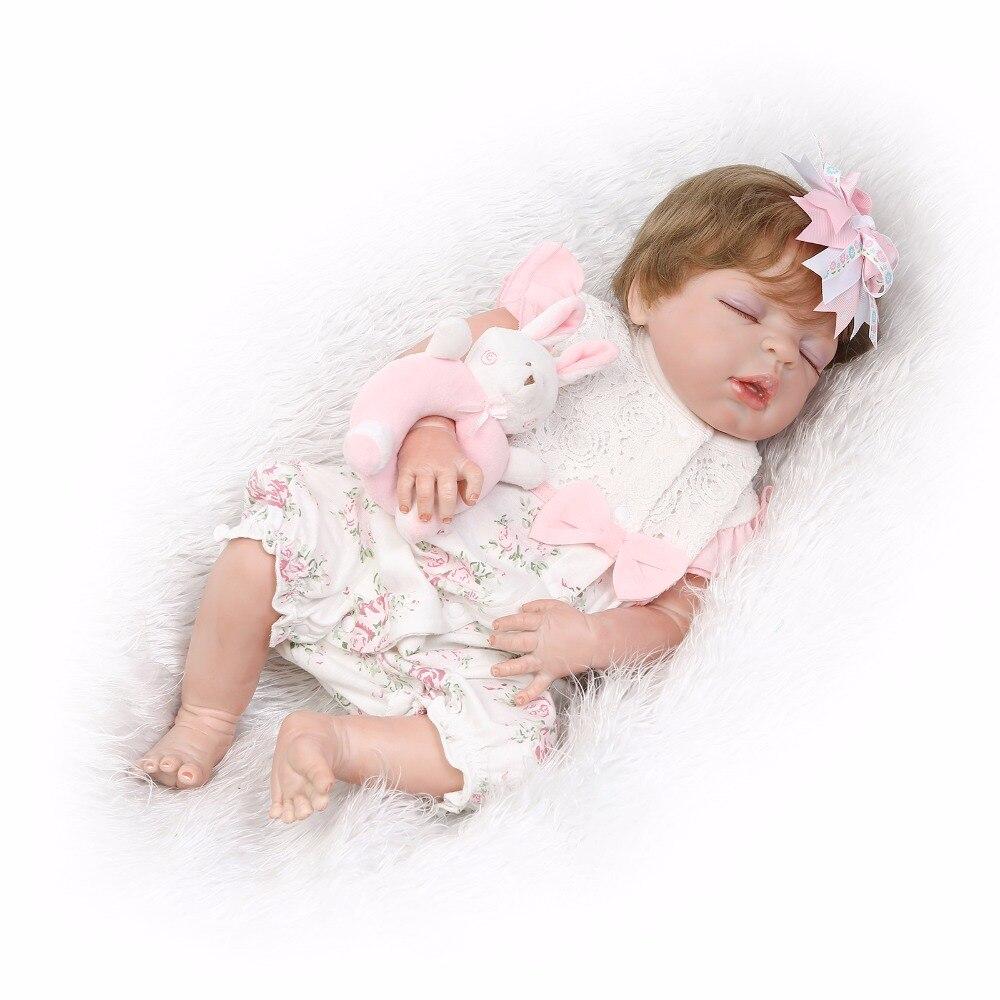 55 cm Plein Silicone Reborn Bébé Poupée Jouet Réaliste 22 pouces Bebe Nouveau-Né de Couchage Fille Poupée Yeux Fermé Étanche Corps Jouet de bain
