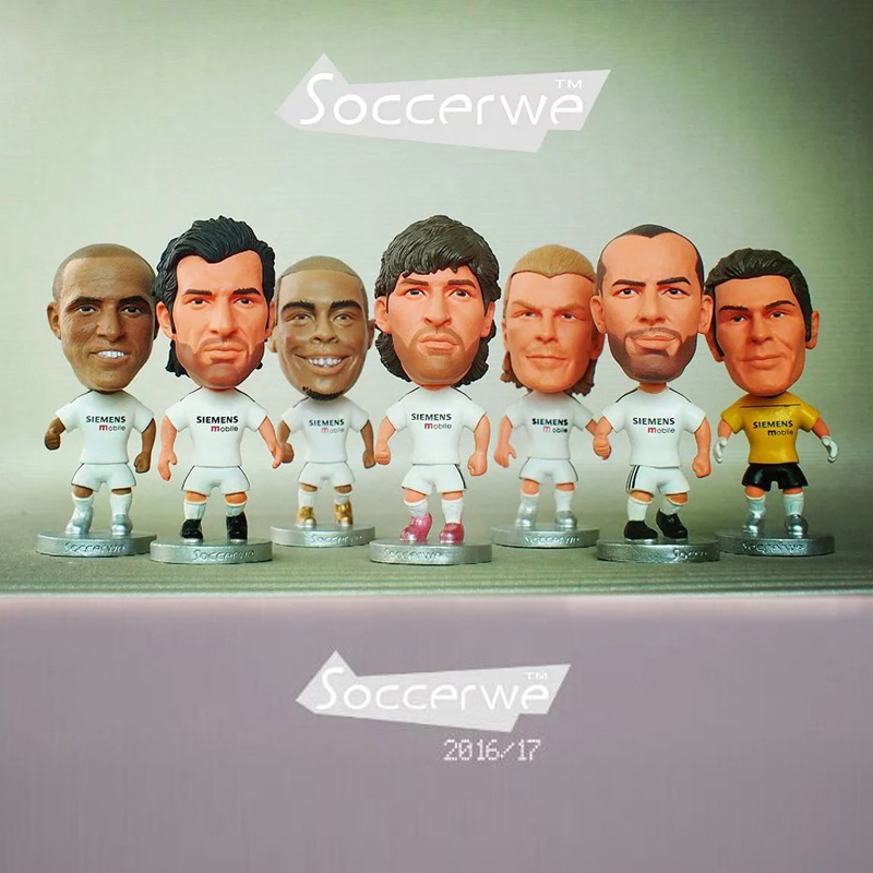 7PCS + Display Box Soccer Real Madrid 2005 Classic Player Star Figurine 2.5