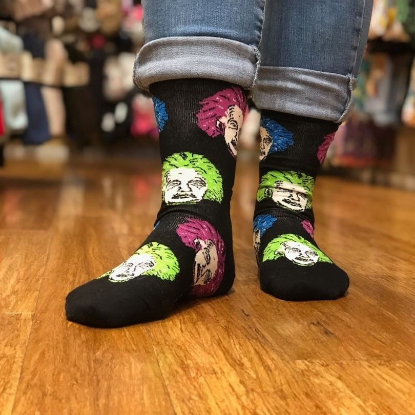 Mens green christmas cactus painting compression sweat-absorbent funny socks hiking weird calf socks