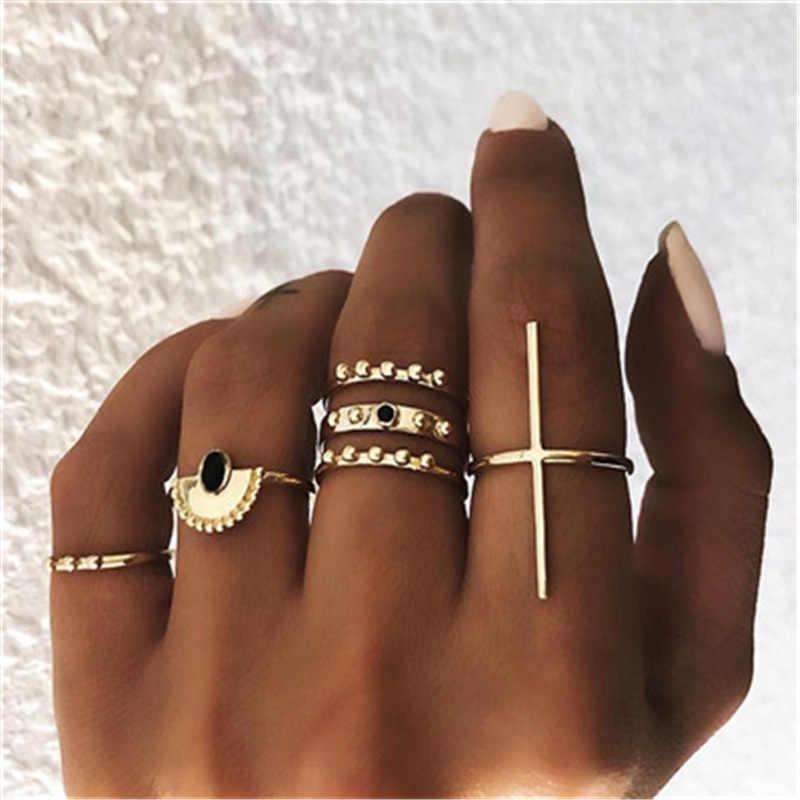 Bohemian Vintage Gold Crescent เรขาคณิตแหวนชุดสำหรับคริสตัลออกแบบบุคลิกภาพแหวนชุดเครื่องประดับของขวัญ