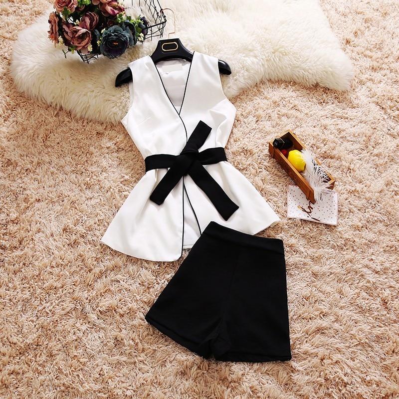 2018 summer new female V neck sleeveless lace up shirt high waist wide leg shorts suit women's black & white set 2 piece sets