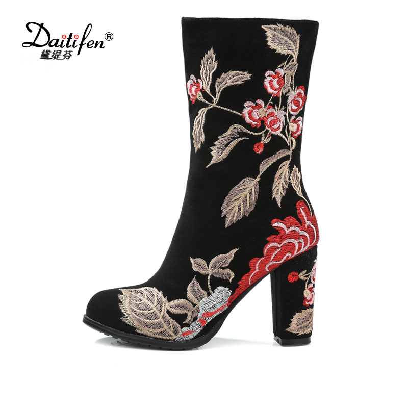 Фотография Daitifen 2018 Winter Colorful Embroider Pointed Toe Ankle Boots Flower High Square Heel Women Zipper Wedding Party Shoes