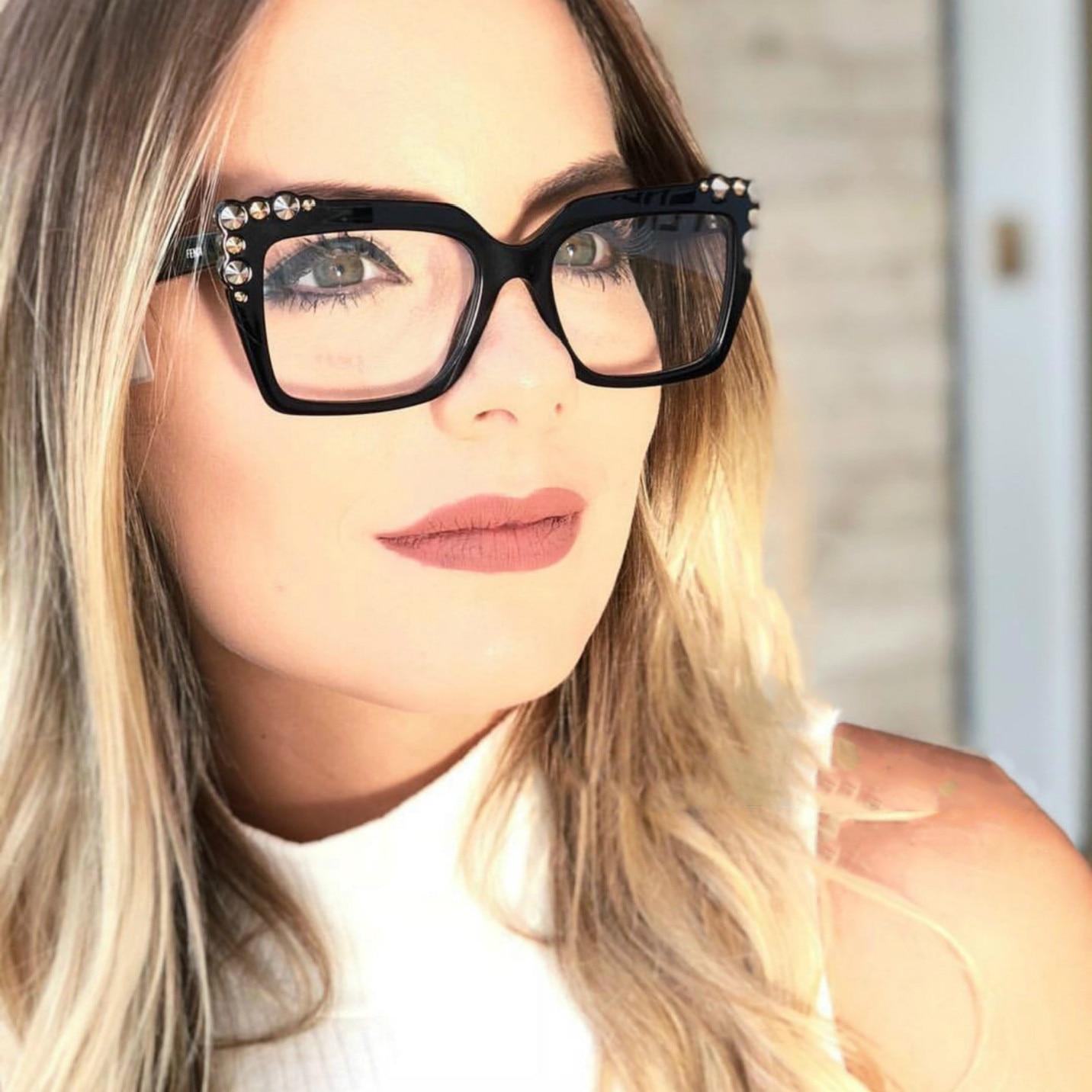 3dfdd8c865025 Cubojue Óculos para As Mulheres com um Quadro Branco Tartaruga Vermelho  Quadrado Decoração Óculos Vintage Frame