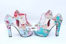 Printed Thick Heel Women Sandals 2015 Sweet Flowers Female High Heels T-strap Shoes Vintage Platform Sandals Size 33-39