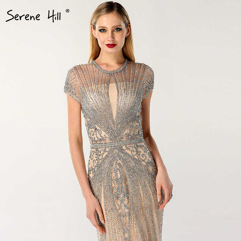 EM ESTOQUE 2019 Sem Mangas de Luxo cheio de diamantes o pescoço de Noite Sexy Vestidos de Design Beading Vestidos de Noite Serena Hill LA60742