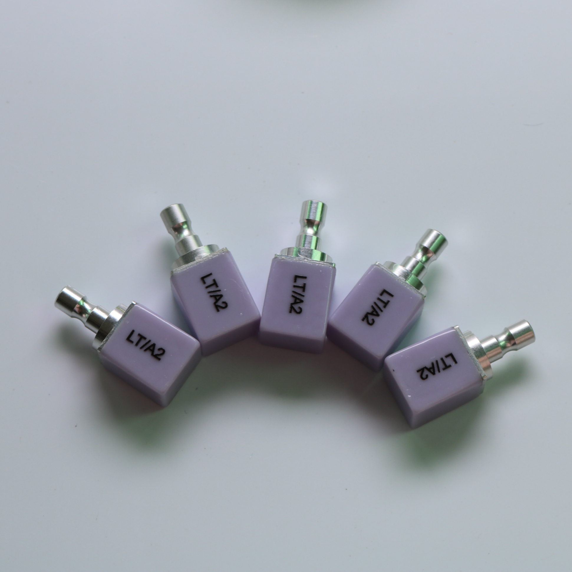 5pcs/lot C14 LT HT Dental Lithium Dislicate Blocks Emax Cerec Glass Ceramic Blocks CAD CAM For Sales