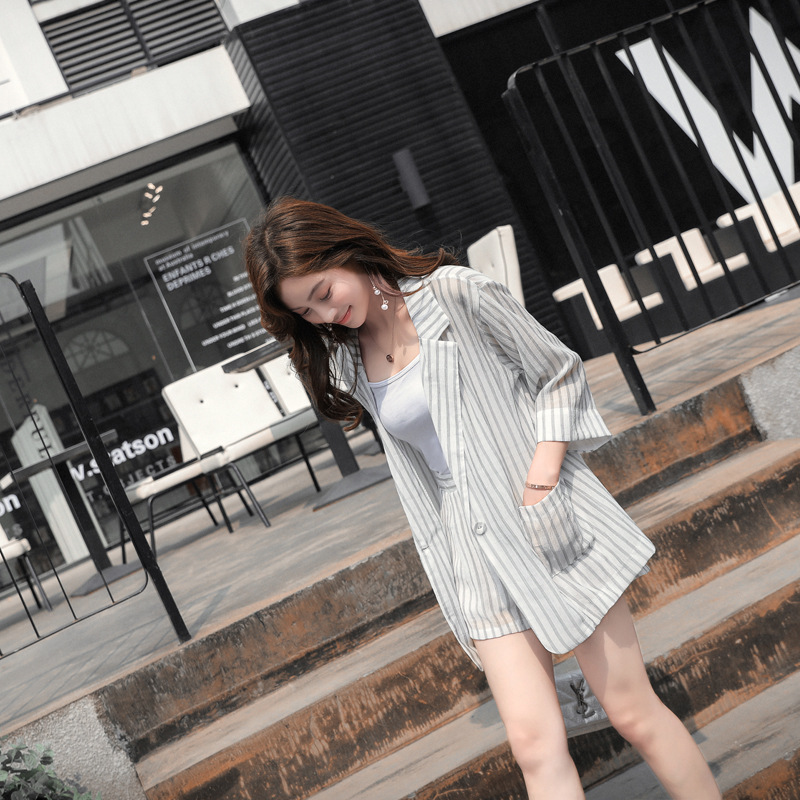 Set female 2018 summer new temperament casual thin section long-sleeved striped small suit + shorts fashion two-piece elegant