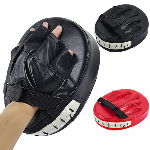 1Pcs Schwarz Red <font><b>Boxing</b></font> Handschuhe Pad Training Ziel Fokus Punch-Pad Handschuh Karate Muay Kick-Kit Sport Fitness Punch pad Handschuh image