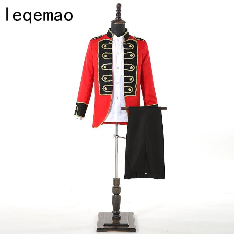 2019 Style européen hommes Costumes rouges Costume Prince charmant scène rétro Performance Costumes de mariage vêtements