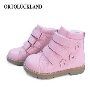 Ortoluckland Warm Plush Girls Ankle Boots Autumn Winter Platform Shoes Child Orthopedic Snow Boots Kids Leather Pink Casual Shoe