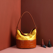 Witfox ladies hand bags silk genuine leather Panelled Alligator pattern vintage style hot sell bag for women Niche design