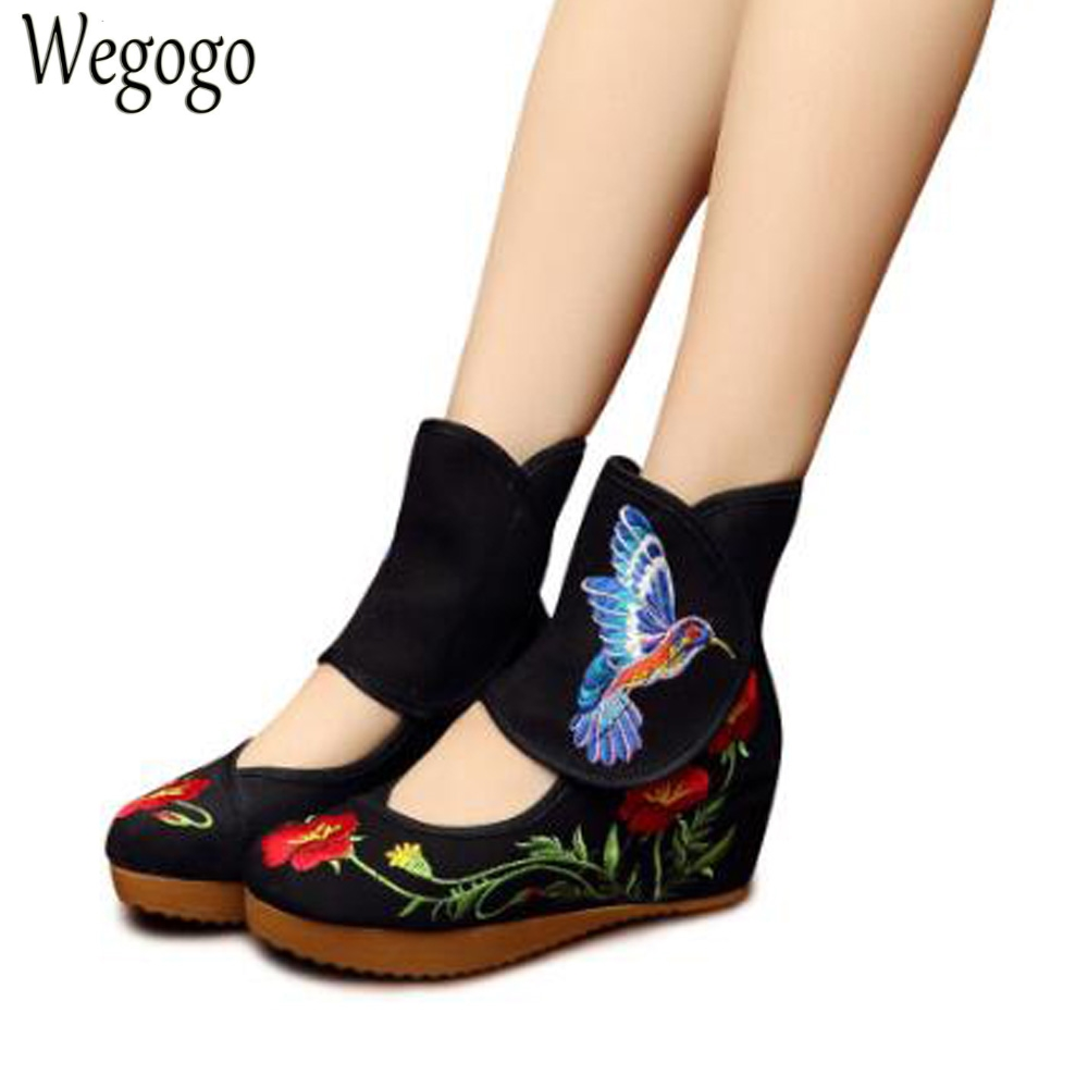 Chinese Women Boots Chinese Classical Bird Embroidered Cloth Old Beijing Singles Boots Wedges Heel Shoes old beijing embroidered women shoes mary jane flat heel cloth chinese style casual loafers plus size shoes woman flower black