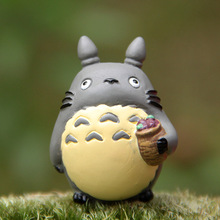 Miyazaki Mini Cute Totoro Figurines kids Gift Hayao Toy Resin Crafts Garden Accessories Action Figures Toys Excellent Gift 18w