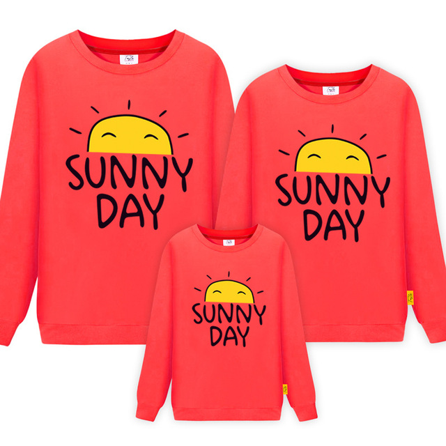 2018 new Family Look for Dad Mom and ME 2019 Father Mother Daughter Son Sunny Day Cotton Sweater Outfits Family Matching Clothes