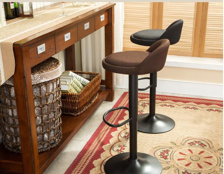 2c207003a3f7 Tipo de europa que restaura maneras antiguas, barra de hierro forjado silla  telesilla. el taburete para los pies en Sillas de Bar de Muebles