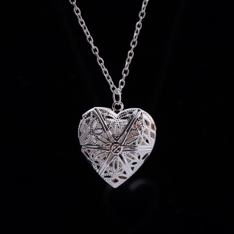 N830 Hollow Heart Pendant Necklaces Fashion Jewelry LOVE Collares Geometric Charm Necklace Bijoux NEW Arrival 18 1