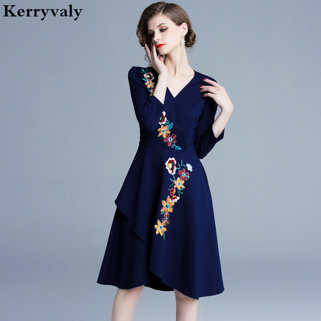 97ed7c52cbf6a US $25.17 18% OFF Spring Princess Blue Floral Embroidered Dress Ropa Mujer  Verano 2019 Christmas Elegant Women Midi Party Dress Robe Femme K9121-in ...