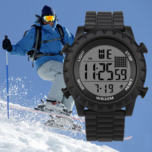 цены Unisex Males Quartz Watch Sports Casual LED Watch Retro Digital Display Date Electronics Men Clock Wristwatch Relogio Masculino